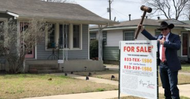 fort worth house auctioneer
